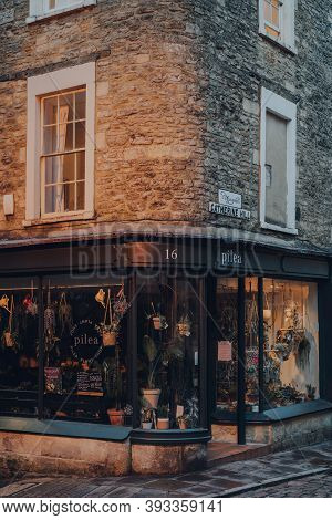 Frome, Uk - October 04, 2020: Closed Pilea Plant Shop On A Street In Frome, A Market Town In The Cou