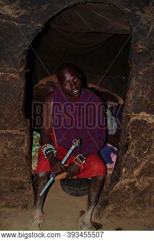 Masai Mara, Kenya - August 23, 2010: An Unidentified African Man In Traditional Dress From Masai Tri