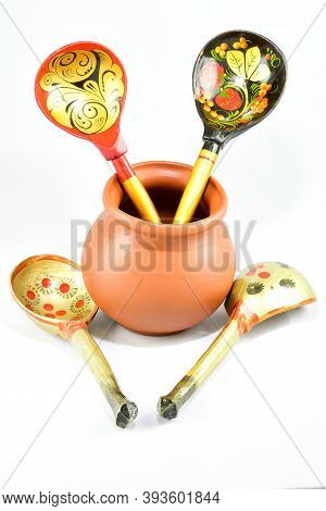 Composition, Small Brown Clay Pot For Sauces, Soups, Kitchen Item, Wooden Spoons For Food, On A Whit