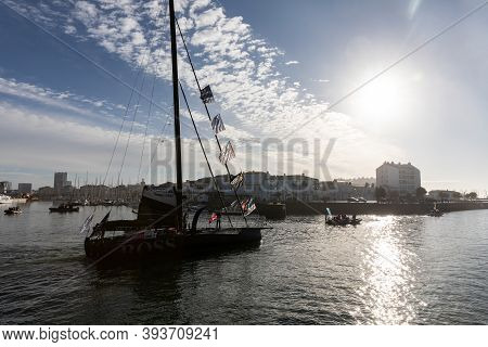 Les Sables D\'olonne, France - November 08, 2020: Alex Thomson Boat (hugo Boss) In The Channel For T