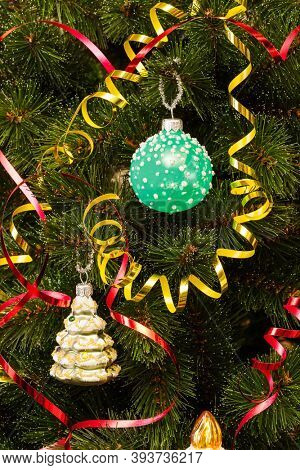 beautifully decorated fir tree for christmas