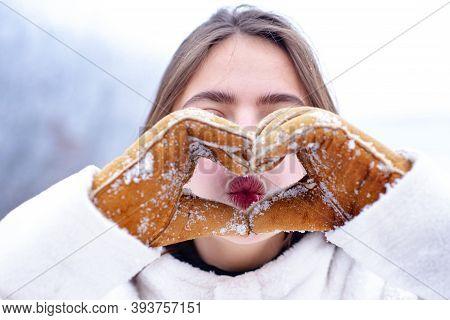 Lip Care In Winter. Healthy Lips Of A Beautiful Woman. Moisturizing. Woman Hands In Winter Gloves He