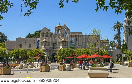San Diego,ca - April 3,2014: Beautiful Architecture Of Balboa Park. Tourists Destination,there Are A