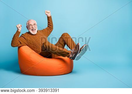 Portrait Of His He Nice Attractive Cheerful Cheery Glad Excited Lucky Bearded Grey-haired Man Sittin