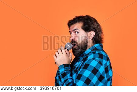 Handsome Hipster On Party. Music. Mature Man Sing A Song. Vocal Classes. Style Of Music. Copy Space.