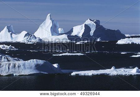 Antarctica ice bergs and sea