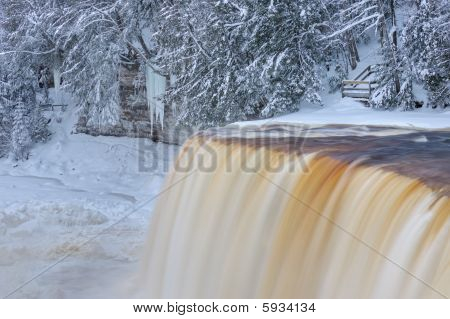 Upper Tahquamenon Falls Winter