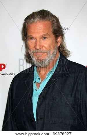 LOS ANGELES - AUG 1:  Jeff Bridges at the AARP Luncheon IHO Jeff Bridges at the Spago on August 1, 2014 in Beverly Hills, CA