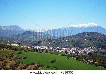 Town and countryside, Rio Gordo.