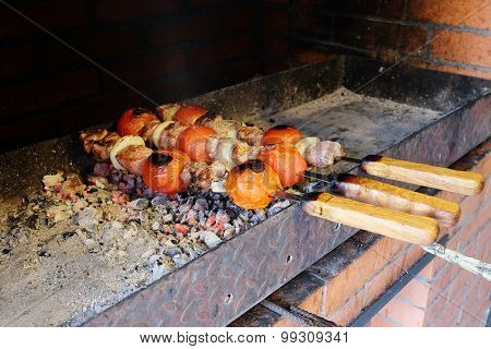 The image of beef kababs on the grill