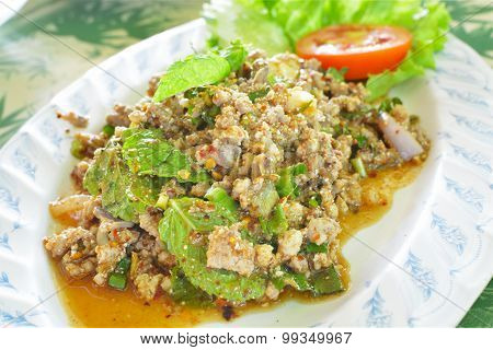 Minced Duck Spicy Salad With Herbs
