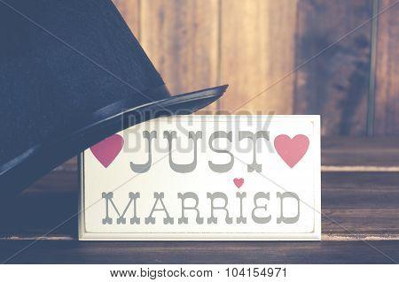 Poster Newlyweds