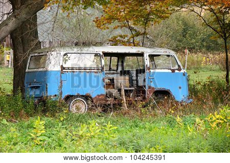 old abandoned hippie van