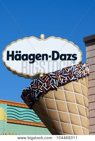 Haagen-dazs Sign And Exterior