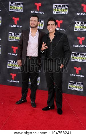 LOS ANGELES - OCT 8:  Calibre 50 at the Latin American Music Awards at the Dolby Theater on October 8, 2015 in Los Angeles, CA