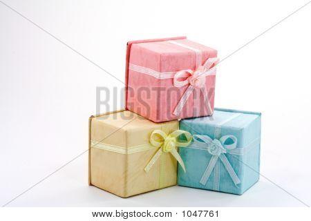 Three Colore Boxes
