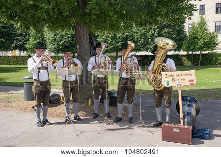 buskers in vienna