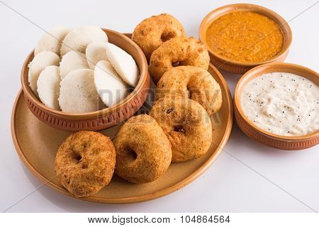 sambar vada and idli or idly, south indian food