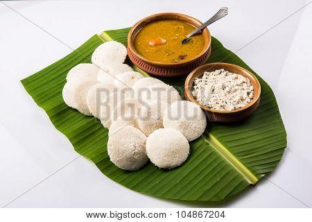 idli or idly sambar with chutney, south indian food