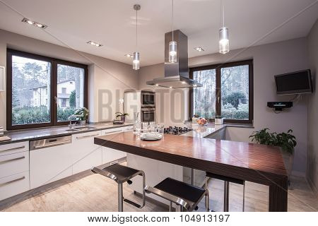 Light And Modern Kitchen