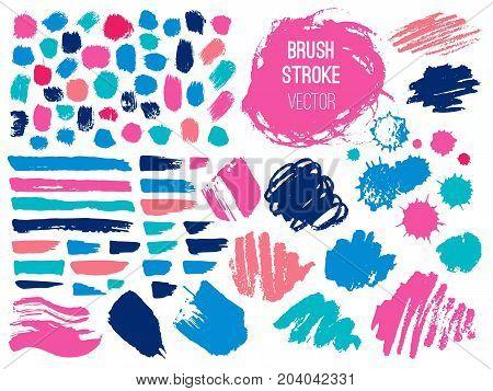 Set stroke spot blod. Brush, pen, marker, chalk. Vector distressed grunge modern textured brush stroke. Dry brush. Hand drawn vector.