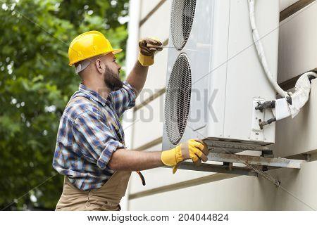 Air man conditioner installing condition design equipment