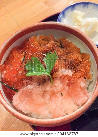 Japanese rice with salmon roe and raw tuna mince , Donburi Sushi