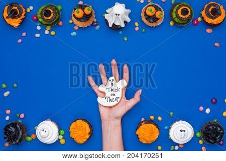 Hand And Halloween Cupcakes