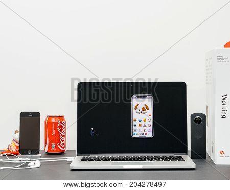 Apple Keynote With Craig Federighi Introducing The Iphone X 10 Animoji