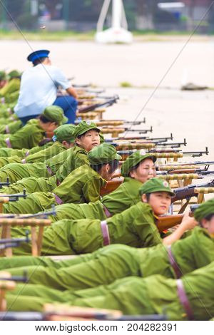 Row Prone Chinese Students Military Training Gun