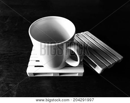 photo of coffee and small euro pallet.