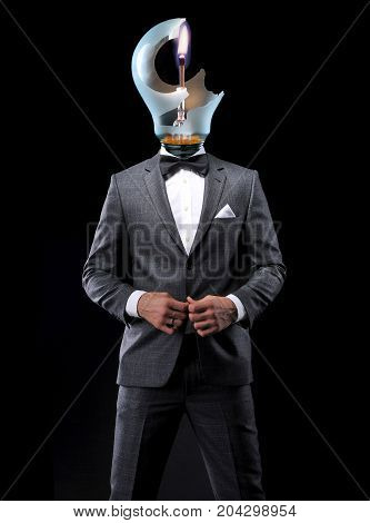 brainstorm businessman with broken lamp on head