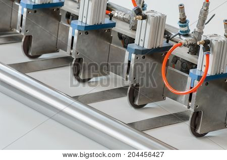 Equipment For The Production Of Filters For Cars