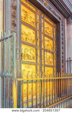 East Doors, Or Gates Of Paradise, By Lorenzo Ghiberti (porta Del Paradiso) On  Baptistery Of San Gio