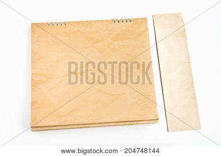 The blank calendar is made of beautiful kraft paper.