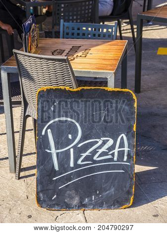 Pizzeria in the historic district of Pisa - PISA TUSCANY ITALY - SEPTEMBER 13, 2017