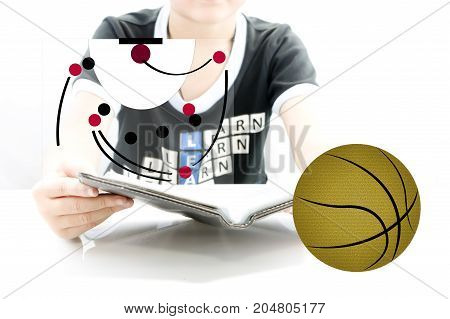 Read a book plan for play basketball court on board