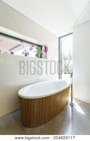 Elegant Bathroom With Wooden Bathtub