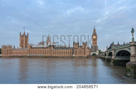 Palace of Westminster Big Ben and Westminster bridge in the morning London, England.