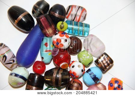 ASSORTED BEARINGS FOR BIJOUTERIE WOOD GLASS WOOD STONE PEARLS
