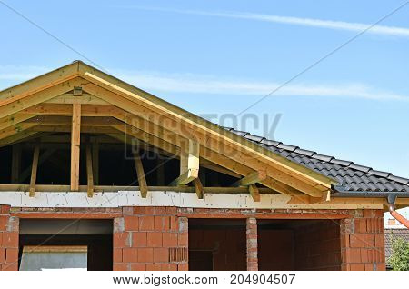 Building a new house in summer time