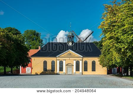 Kastellet (the citadel) is one of the best preserved star fortresses in Northern Europe. A number of buildings are located within the grounds of Kastellet including a church and a windmill.
