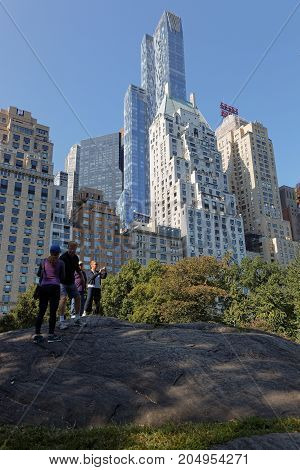 New York City, Usa, September 10, 2017 : Tourists In Central Park. Central Park Is The Most Visited