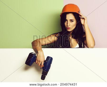 Pretty Cute Sexy Builder Girl