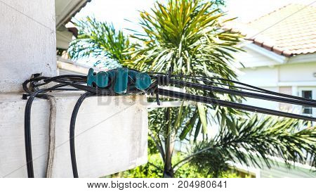 How to installed and use tool equipment Fiber optic line WIFI at home on the cement concrete balcony of the house