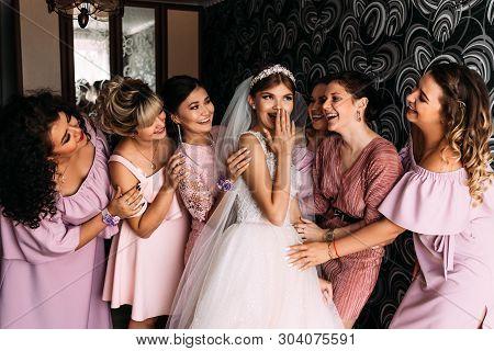 Russia, Orenburg-august 08, 2018: Bridesmaids. Beautiful Bride With Her Pretty Bridesmaids. Love Of