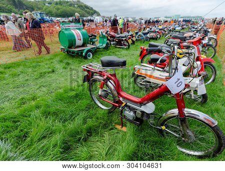 Llandudno, Uk - May 5, 2019: The Llandudno Transport Festival 2019 Saw A Large Turnout Of Vintage An
