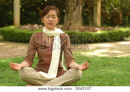 Chinese Devotee Meditate