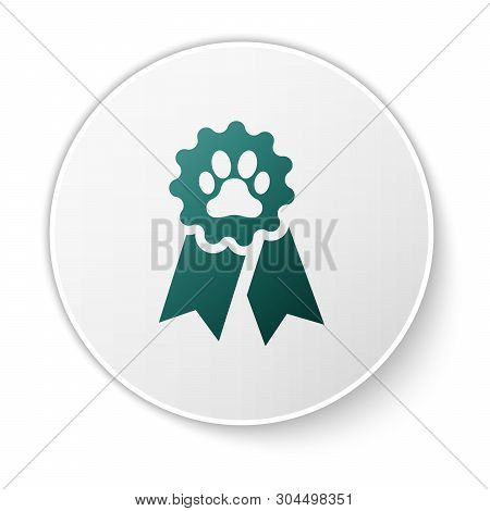 Green Pet Award Symbol Icon Isolated On White Background. Badge With Dog Or Cat Paw Print And Ribbon