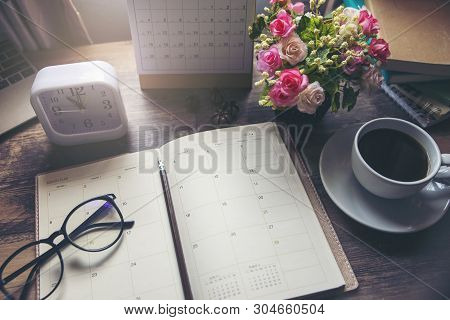 Planner And Concept.desktop Calender 2019,cup Of Coffee Place On Office Desk,working Space.notebook